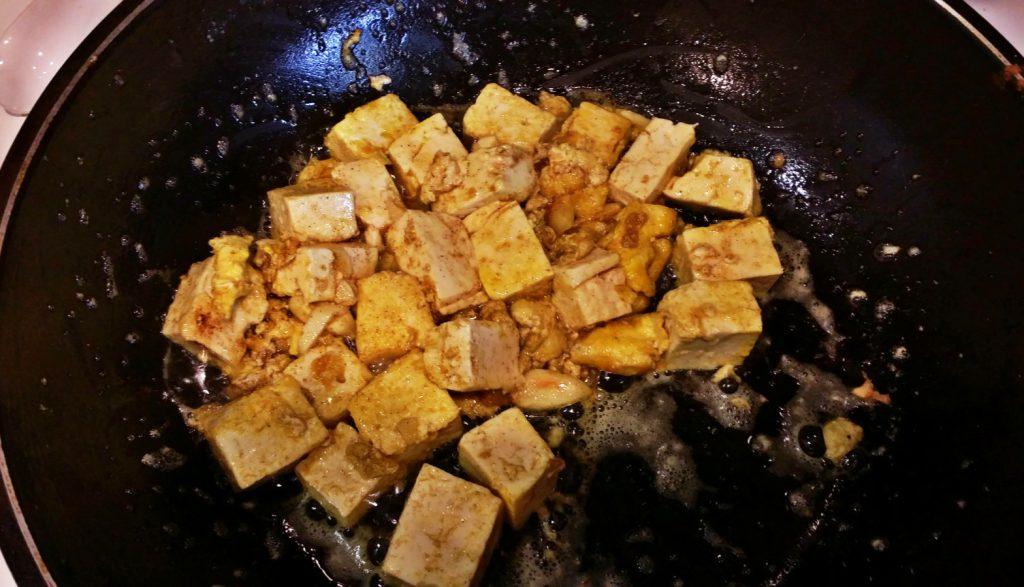 frying egg tofu